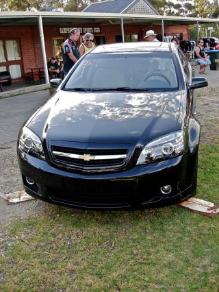 Chevrolet Impala (Holden Statesman) by Flickr user Ferenghi