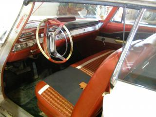 225-87 1961 DeSoto Adventurer 2dr Hard Top by Flickr user bsabarnowl