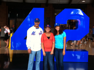 Citi Field - Daddy, Maritza, and Simone - Jackie Robinson Pavilion - Mets-Yanks 20110703 019 by Flickr user Ray Colon (Ray's Blog)