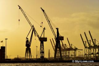 Container Port Hamburg by Flickr user Glyn Lowe Photoworks.