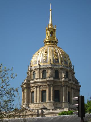 Dome of Hotel des Invalides by Flickr user waitscm